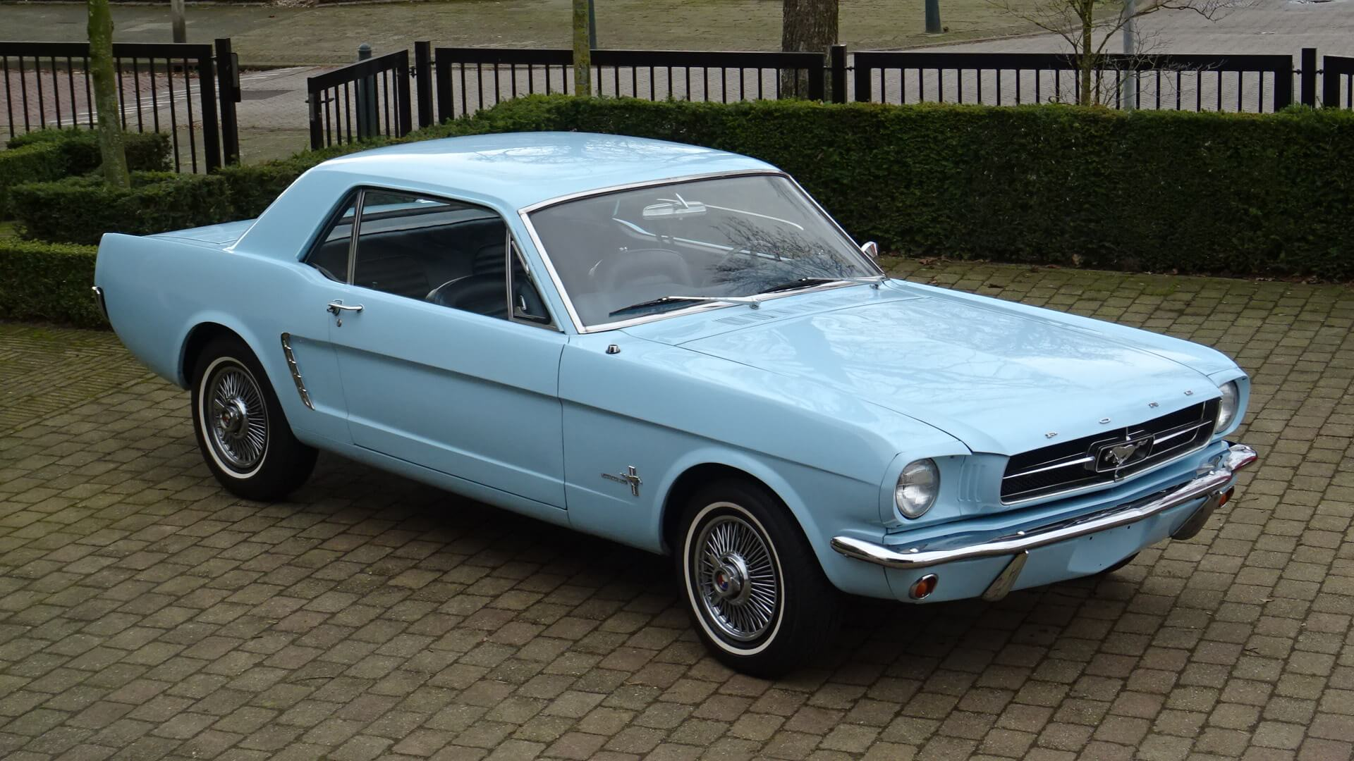 65 Ford Mustang Coupe Union Jack Vintage Cars
